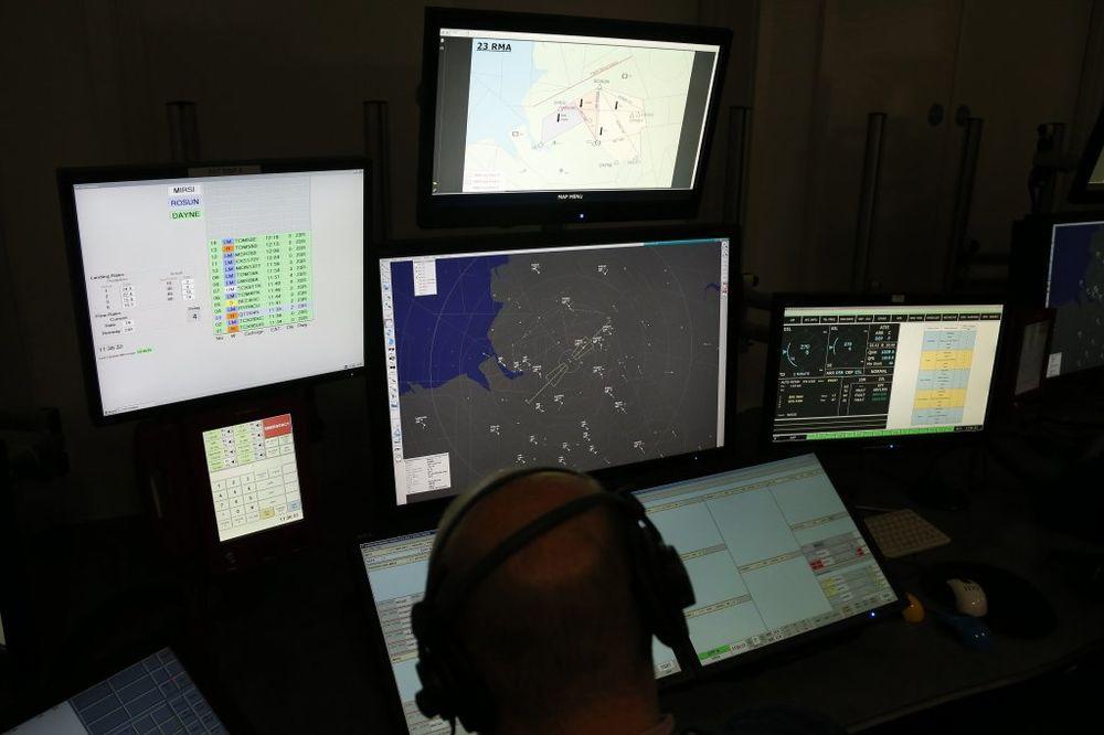 OVAKO JE POČELA MISTERIJA: Nadzornik kontrole leta spavao kad je nestao avion MH 370