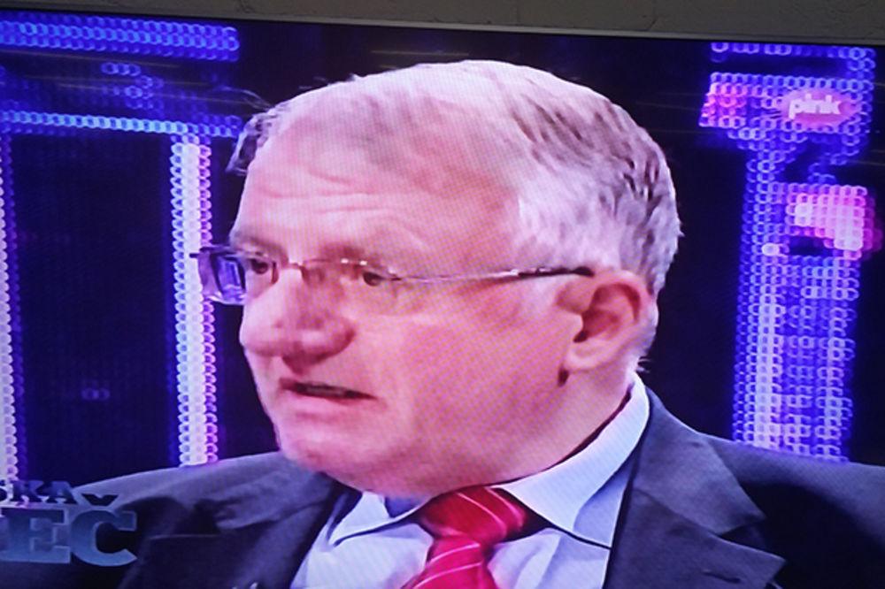 ŠEŠELJ: Nikolić je kriminalac, istražiti imovinu svih političara, počevši od predsednika! (VIDEO)