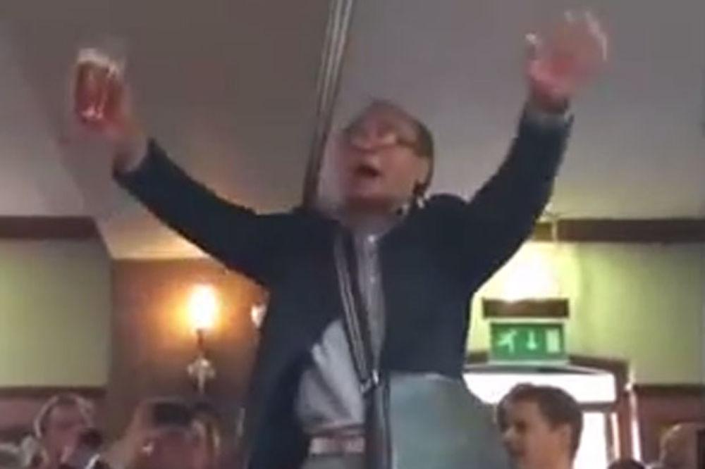 (VIDEO)FAN JUNAJTEDA ODLEPIO ZA SRBINOM: Ovaj Kinez još nije ukapirao da je Vidić napustio Mančester