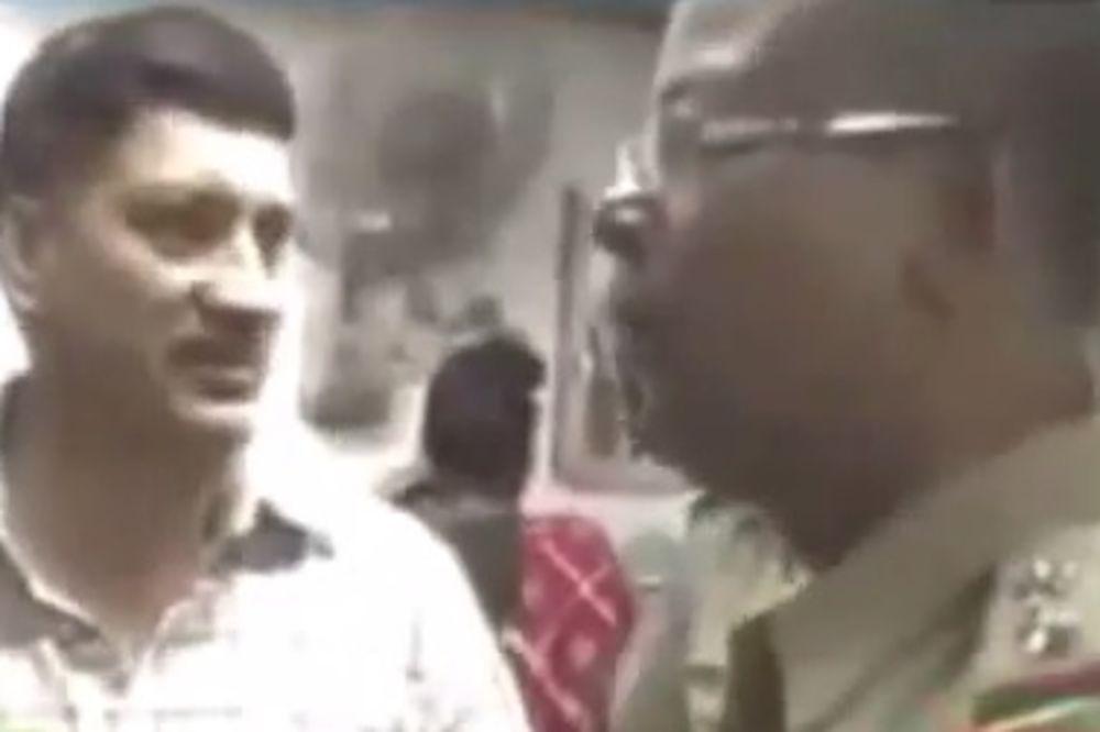 (VIDEO) RACIJA U JAVNOJ KUĆI: Policija upala u bordel, tamo zatekla svoje kolege u akciji!