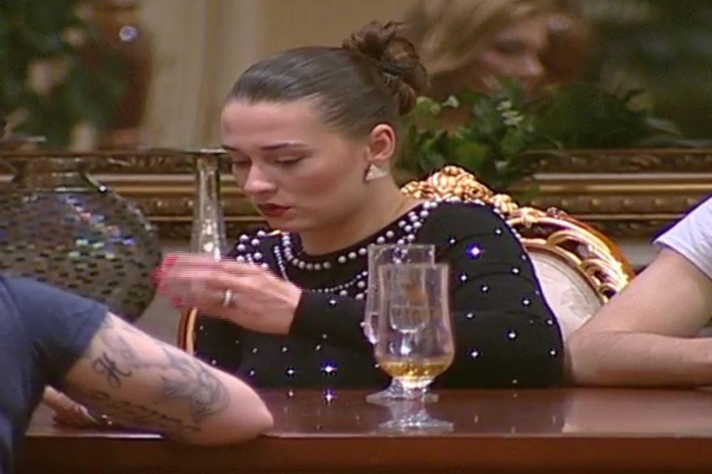CUCA DOBILA KAZNU: Zbog njenog ponašanja smanjila se glavna nagrada za sve