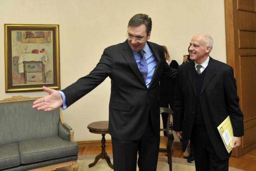 SUSRET U ZGRADI VLADE: Vučić primio ambasadora Vilhelma