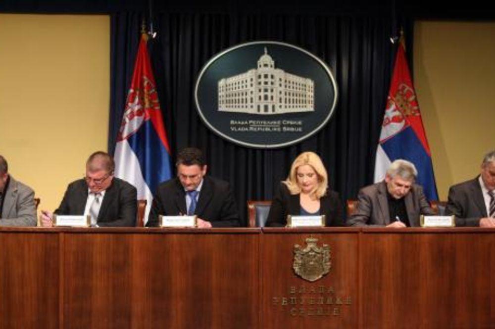 Ministarka Mihajlović: Železnice brže smenjuju, nego što realizuju projekte