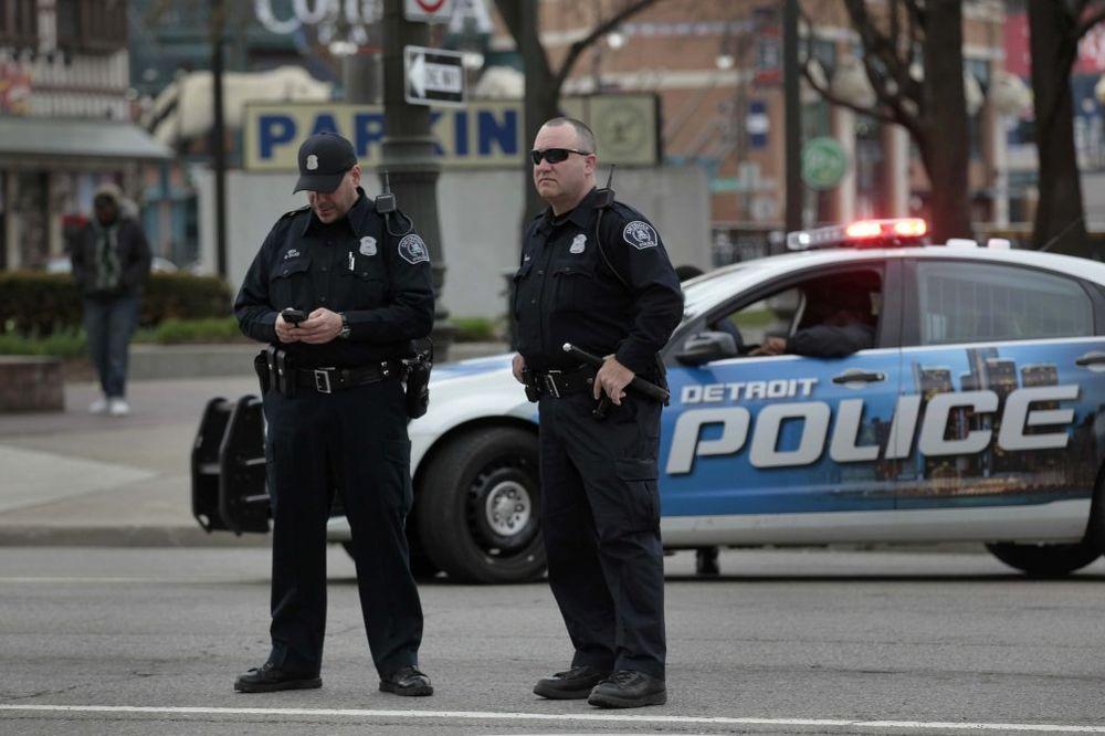 SAD: Policajac ubio mladića (23)