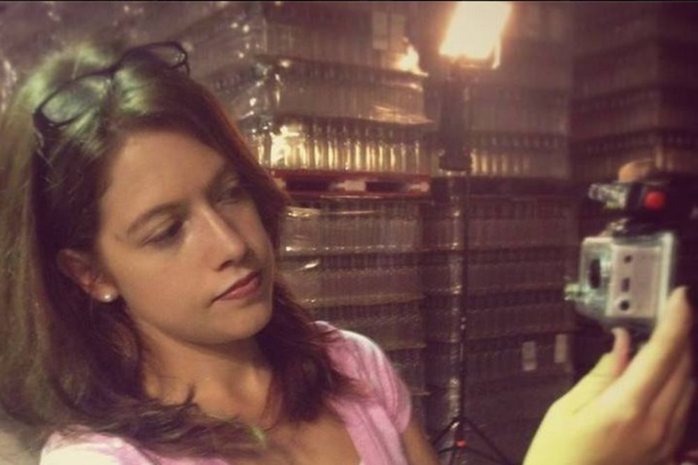 (VIDEO) OVA ŽENA LOVI DUHOVE SA OCEM: Njena priča je fascinantna
