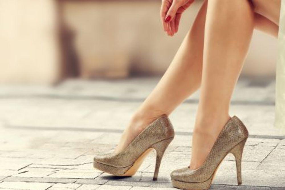 7 KORISNIH TRIKOVA: Kako da vam cipele uvek lepo mirišu