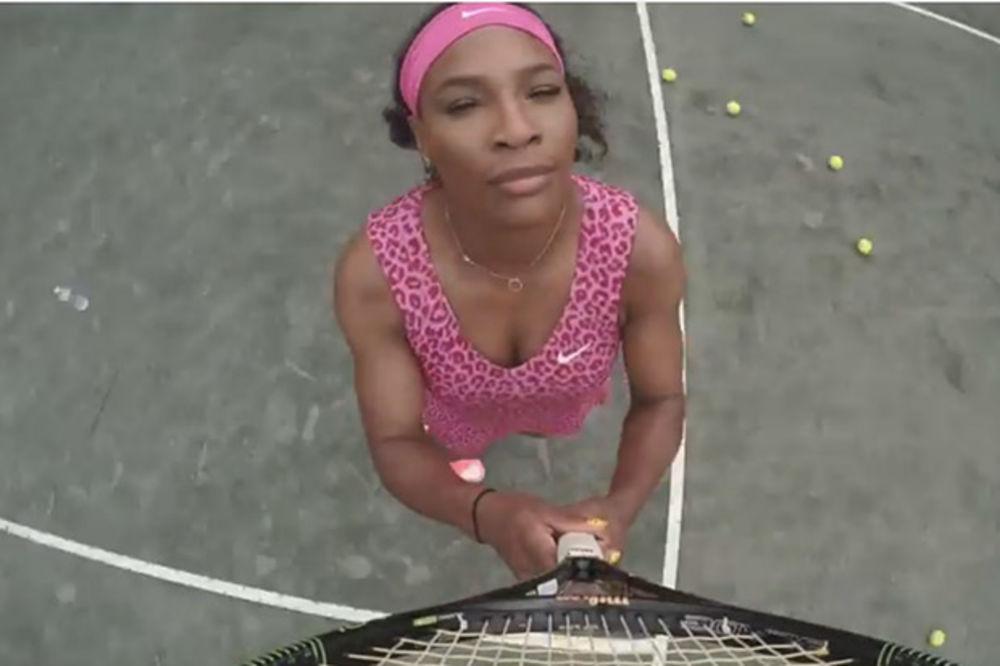 (VIDEO) MRDAJU GUZE: Serena Vilijams tverkovala u kućnoj obradi Bijonsinog hita