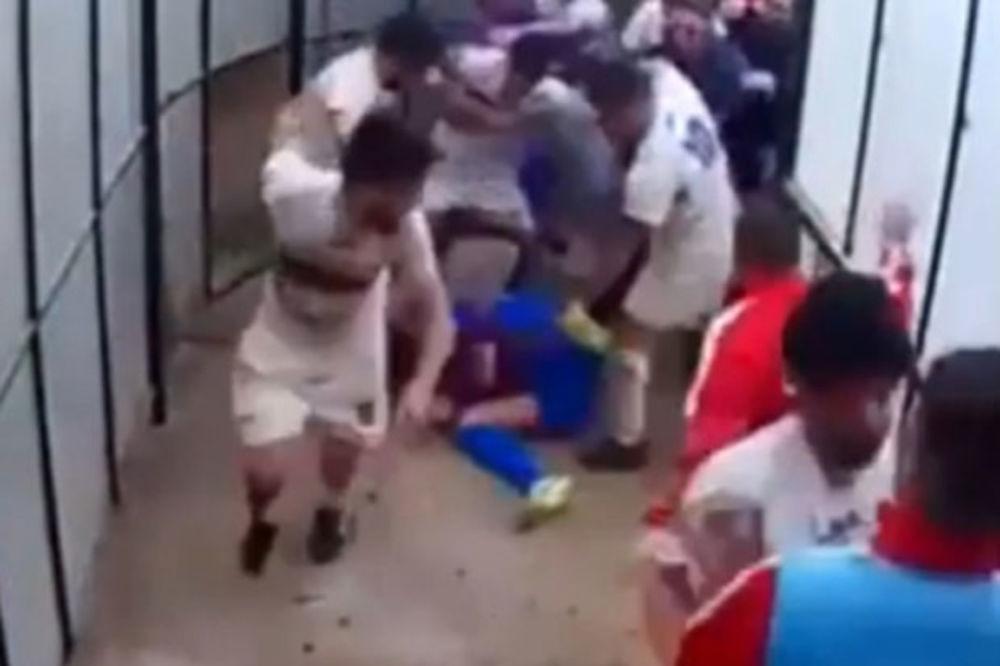 (VIDEO) ŠOKANTNA MAKLJAŽA U TUNELU: Pogledajte kako to rade fudbaleri na Siciliji!