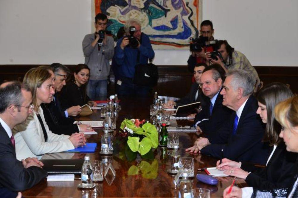 PRVI PUT U BEOGRADU: Mogerini se sastala sa Nikolićem