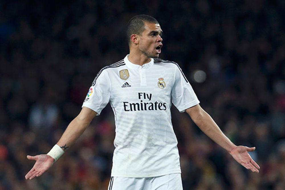 PORTUGALSKA PREVARA: Kriju da Pepe neće igrati protiv Srbije