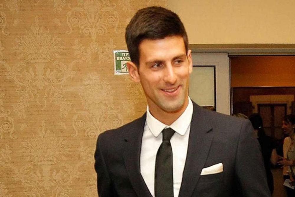 (VIDEO) PRIZNANJE ZA NOVAKA ĐOKOVIĆA IZ MOSTARA: Broj jedan i u tenisu i u humanosti