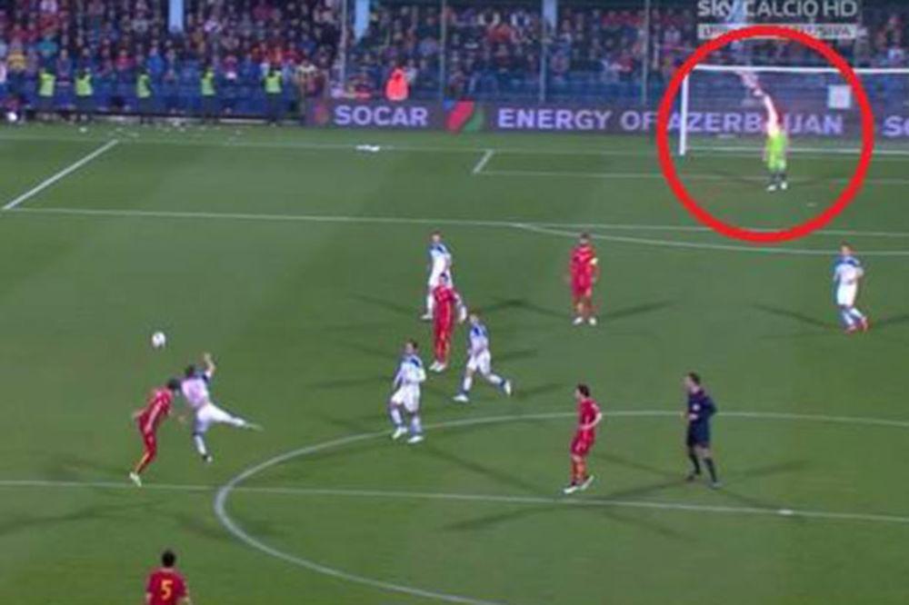 (UŽIVO, VIDEO) NOVI SKANDAL U PODGORICI: Pogođen još jedan ruski fudbaler, meč prekinut