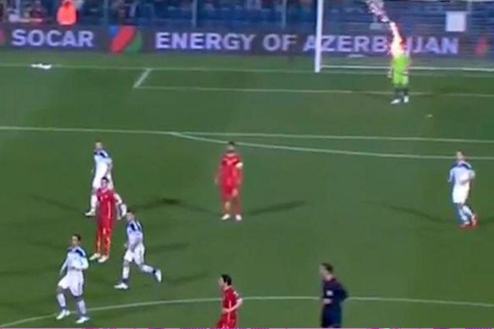 (VIDEO) UHVAĆEN HULIGAN: Uhapšen navijač Crne Gore koji je pogodio ruskog golmana bakljom