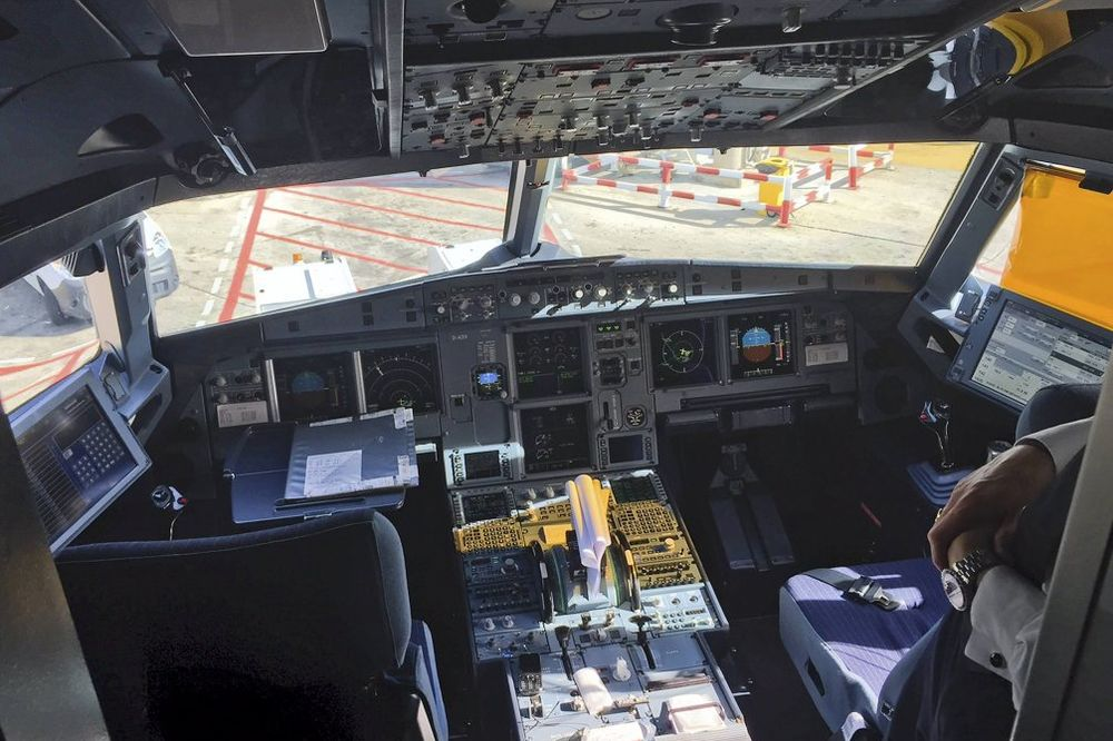 LJUDI, POLAKO: Piloti širom sveta protiv preuranjenih zaključaka o Lubicu