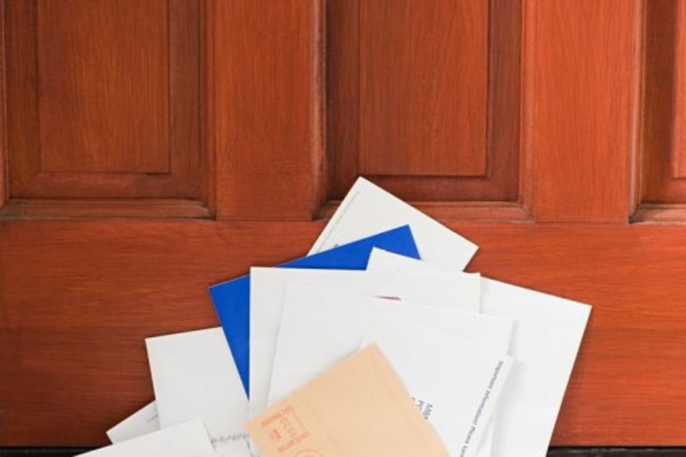 Poštar u kući zadržao 7.000 pisama