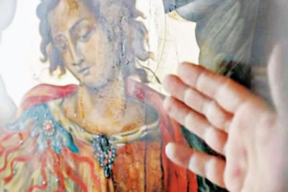 ČUDO U GRČKOJ: Iz ikone Svetog arhangela Mihaila istaču kapljice blagouhanog ulja!