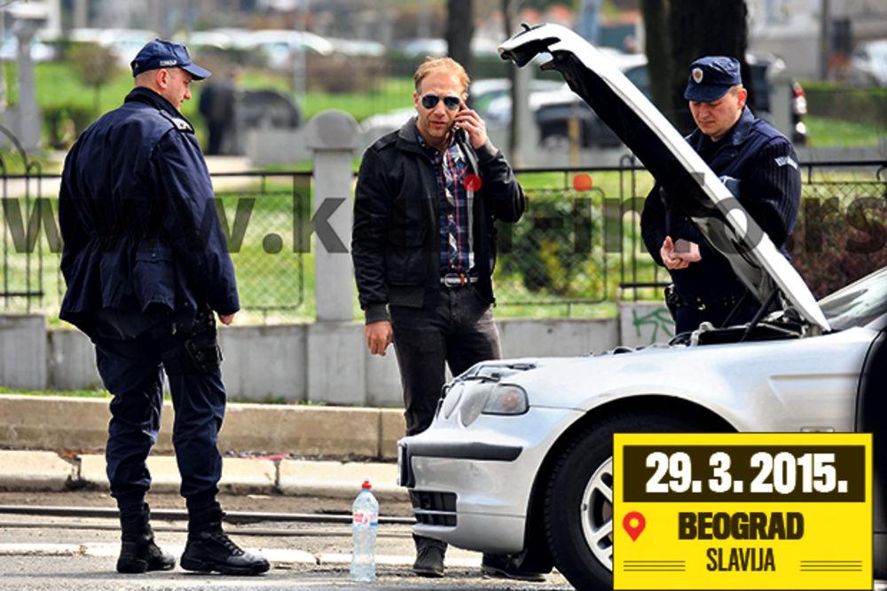 PAPARACO: Milanu Kaliniću izgoreo auto nasred Slavije!