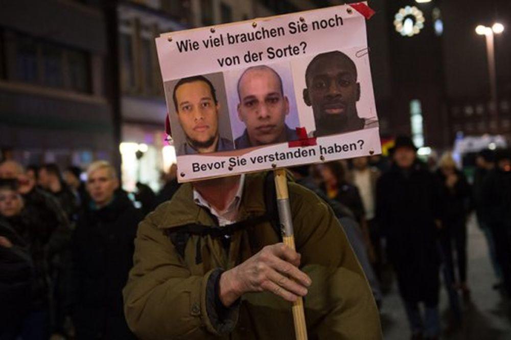 Sukobi u Gracu: Austrijski desičari hoće da proteraju muslimane, sukobili se sa građanima!
