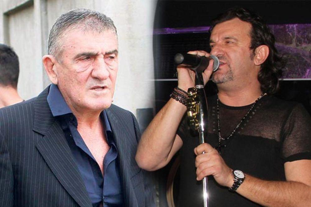 SVE O SVADBI GODINE: Brano Mićunović dao Lukasu 2.000 evra samo za jednu pesmu!