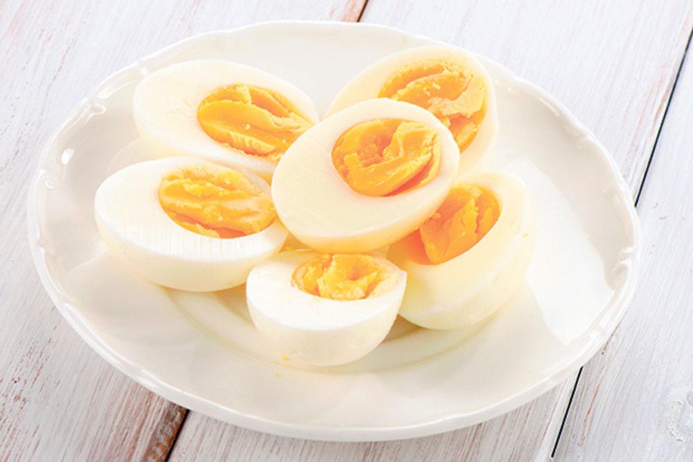 NEMOJTE PRETERIVATI DANAS: Evo koliko jaja smemo da pojedemo dnevno!