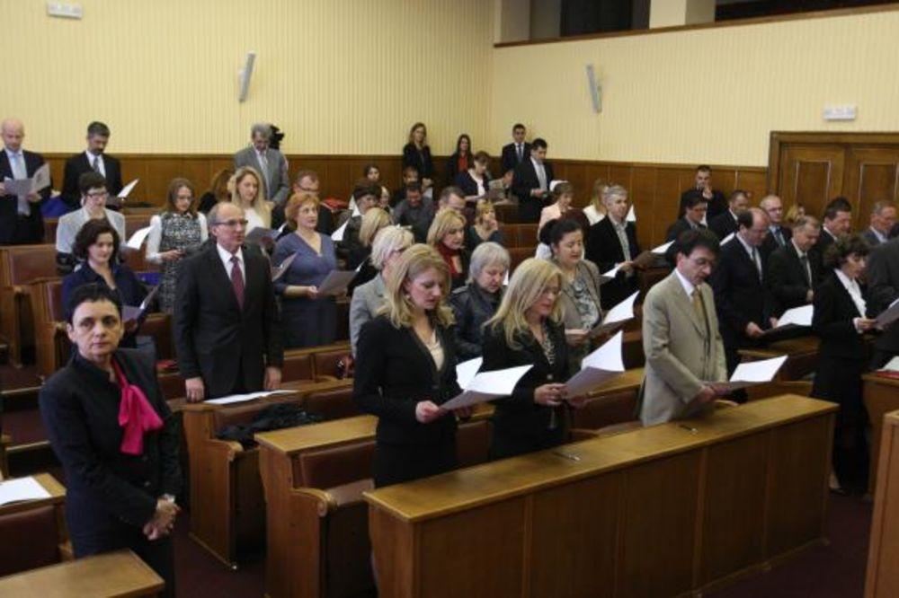 POLOŽILI ZAKLETVU: Srbija dobila 46 novih javnih beležnika