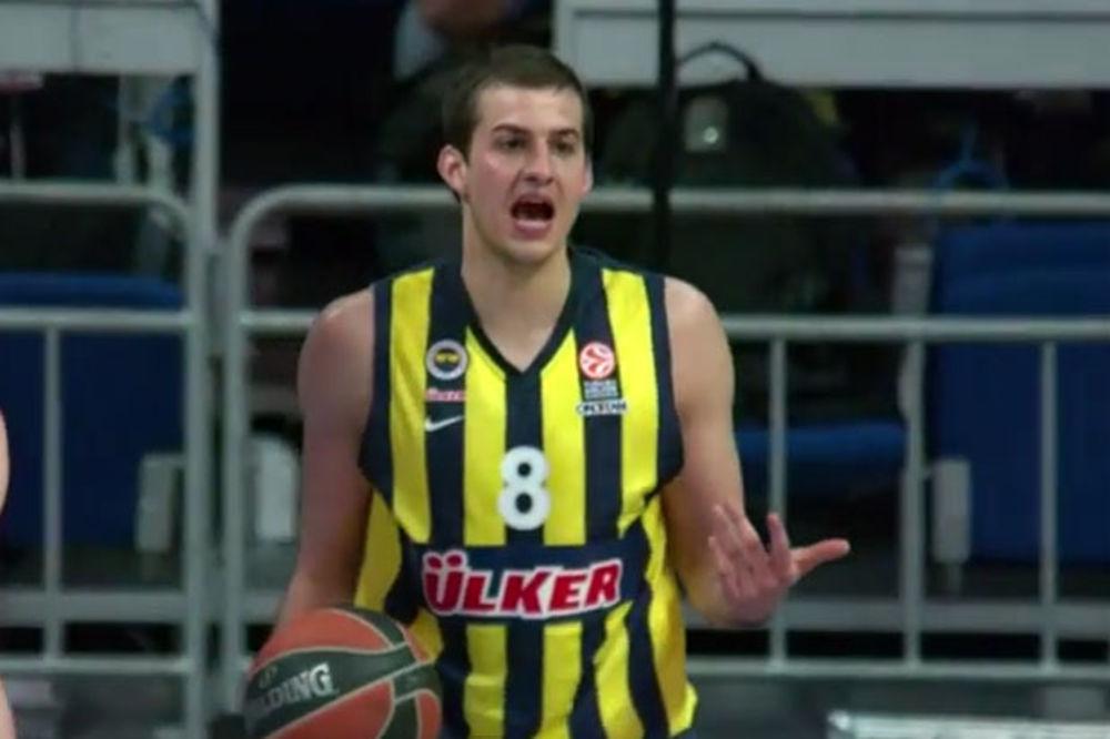 (VIDEO) NEMA MU RAVNOG: Bjelica MVP Evrolige u martu
