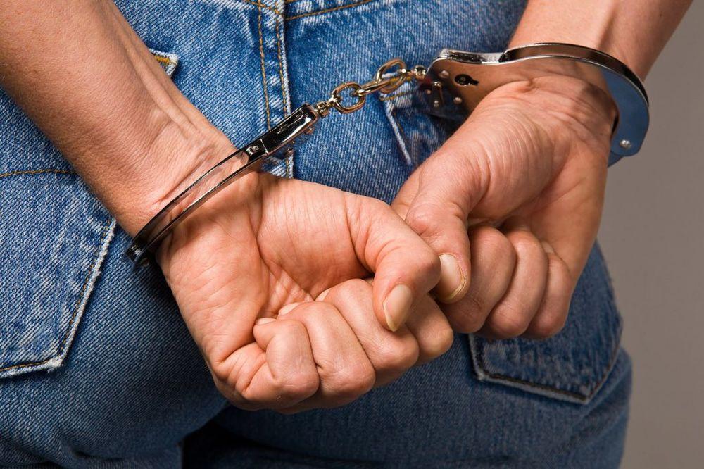 SREMSKA MITROVICA: Uhvaćen u krađi kabla za internet i telefona