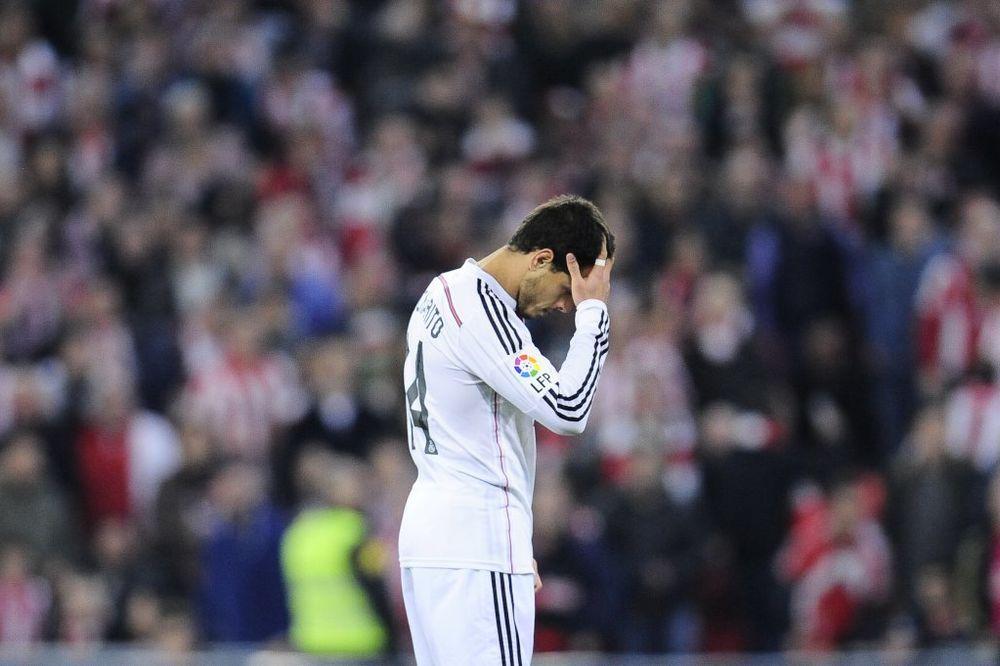 (VIDEO) SUZE KRIJE, SAME TEKU: Pogledajte koji fudbaler plače što ne igra u Realu