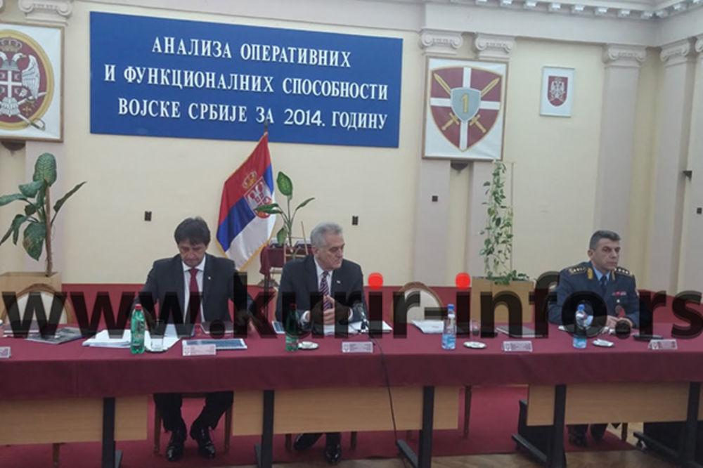 (VIDEO i FOTO) NOVI SAD: Nikolić, Gašić i Diković analiziraju operativne sposobnosti Vojske Srbije