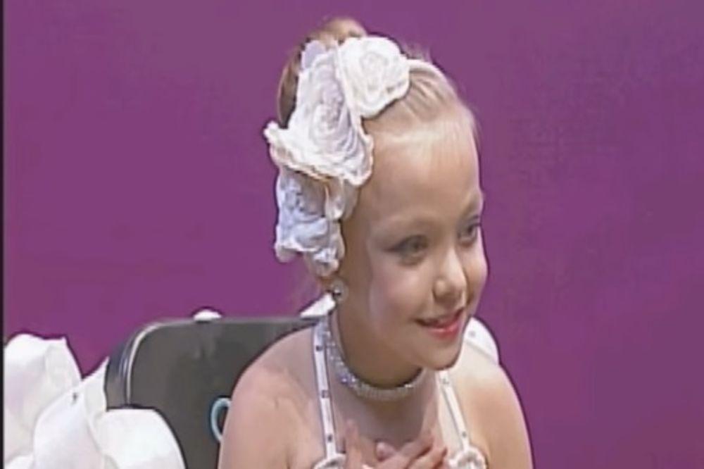 (VIDEO) ZA NJU NE POSTOJE PREPREKE: Plesačica u invalidskim kolicima rasplakala žiri