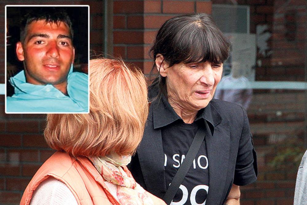 Majka ubijenog Fedora Frimermana: Najstrože kaznite ubice moga sina!