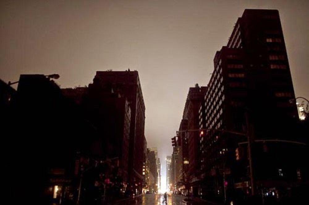 (VIDEO) KO JE TURCIMA UGASIO SVETLO: Cela zemlja u mraku, ne zna se uzrok nestanka struje!