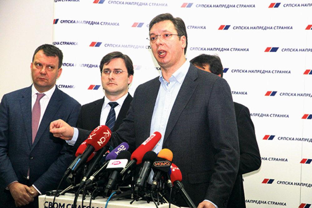 Vučić: Idemo ka pozitivnom rastu u 2015. godini!