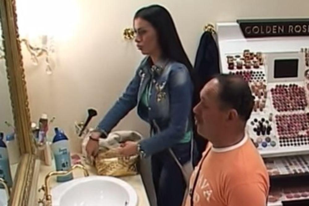 (VIDEO) REŠIO DA SE ŽENI: Pogledajte kako je Zmaj zaprosio Mimi Oro