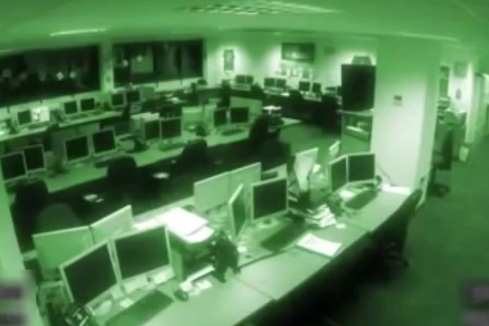 (VIDEO) OVAJ VIDEO JE NASAMARIO CEO SVET: Pogledajte kako se Džeremi Klarkson potukao sa producentom
