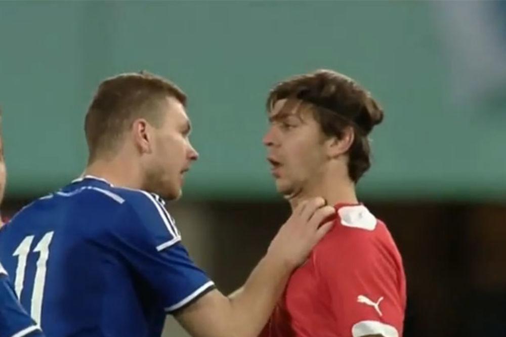 (VIDEO) IZGUBIO ŽIVCE: Džeko davio Srbina
