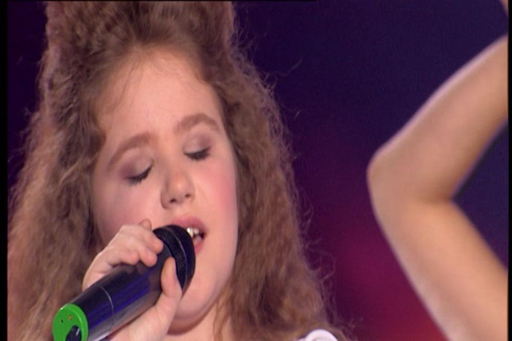 (VIDEO) LENA SA DRUGE PLANETE: Stojeće ovacije žirija za srpsku Selin Dion!