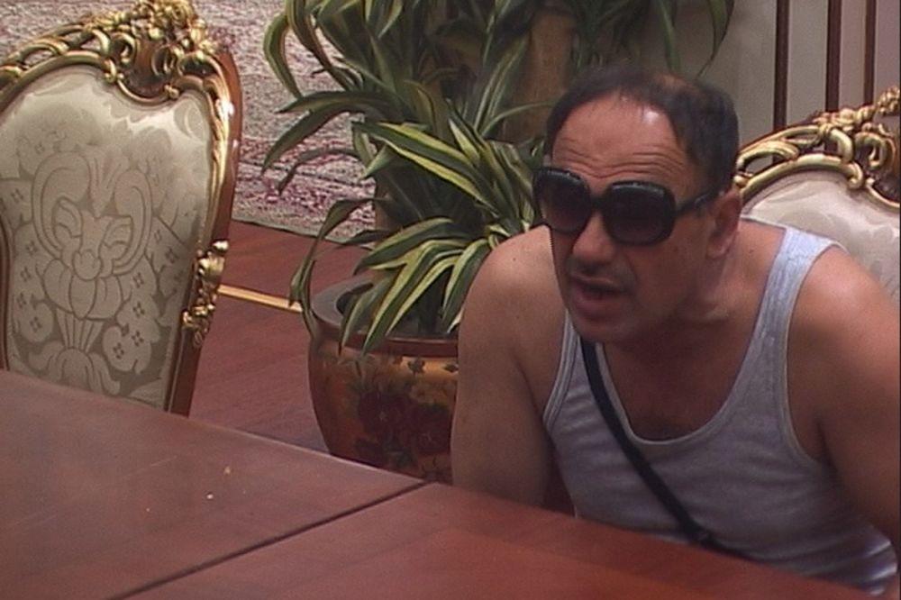 (VIDEO) I ZMAJA OD ŠIPOVA TRAŽI SUD: Ilija optužen za prodaju oružja?!