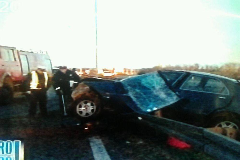 (FOTO) VOZAČ ZASPAO ZA VOLANOM: Bugarin ispao iz vozila i poginuo!
