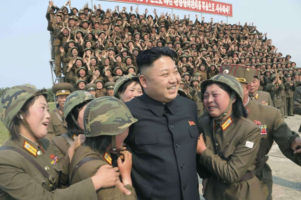 KIM DŽONG-UN PRAVI SVOJ HAREM: Dovedite mi odred mladih lepotica, želim da se zabavljam!