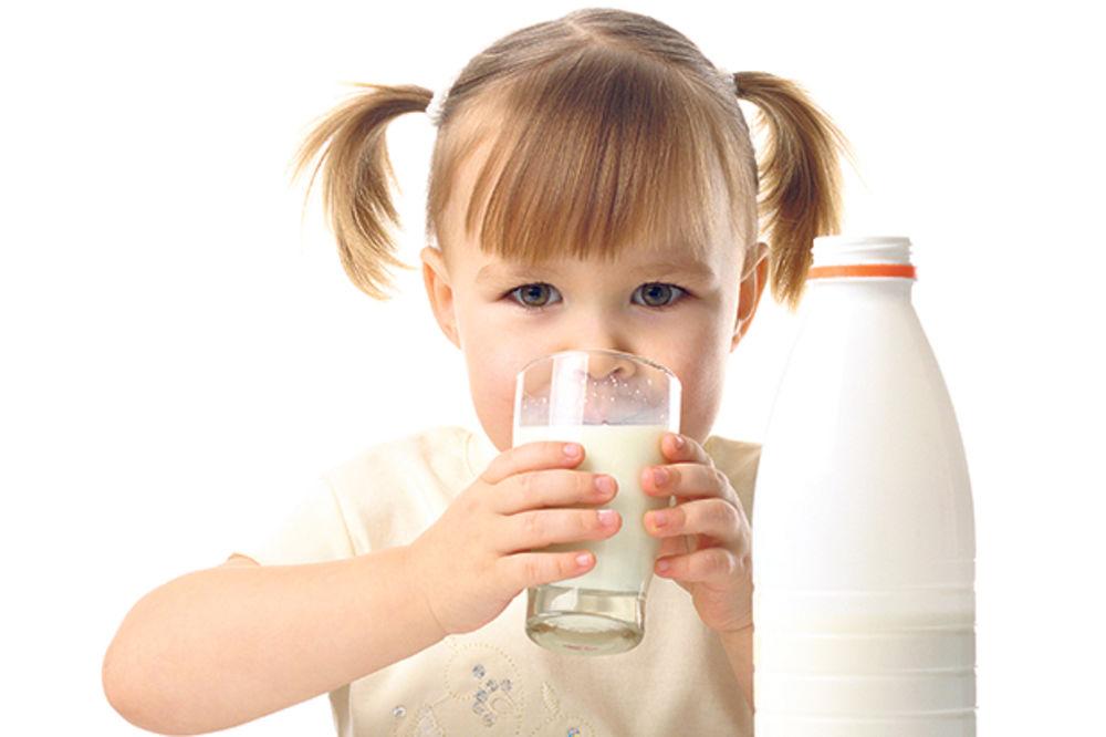 Godišnje pojedemo čak 150 kilograma mleka i sira
