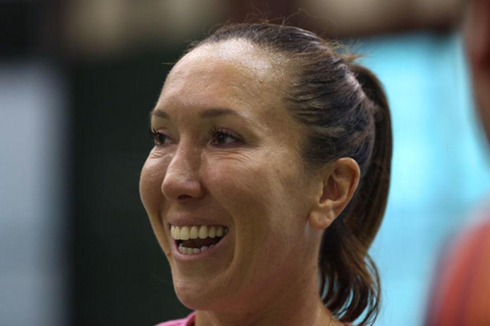 (FOTO, VIDEO) LUDILO U ČARLSTONU: Pogledajte Jelenu i druge teniserke na žurci pod maskama