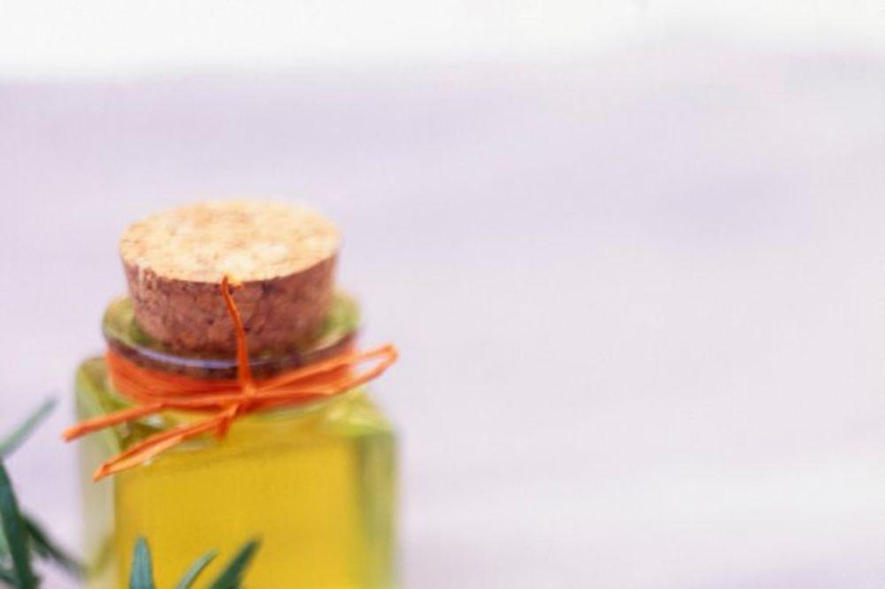 ULJE + ULJE: Jedini lek za masnu kožu