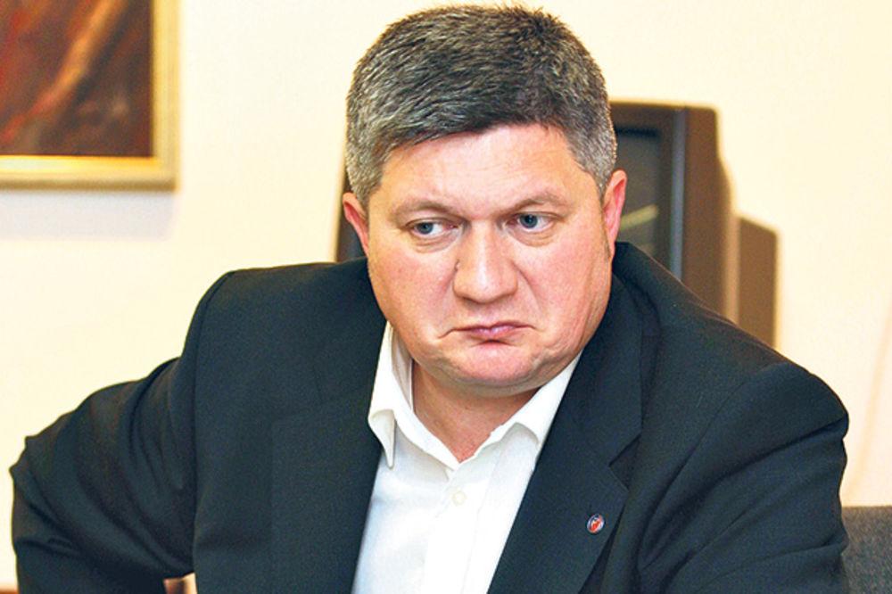 Leković: Ko o čemu, Karadžić o poštenju