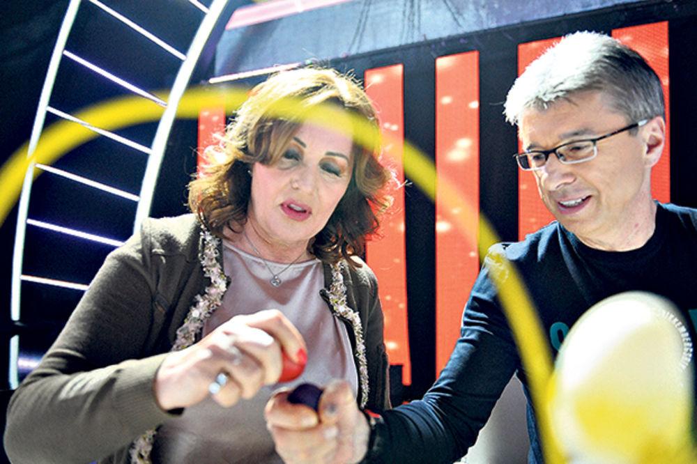 GRANDOVA TUCIJADA: Ana Bekuta Popoviću razbila jaja