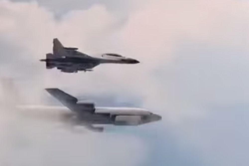 RUSI ODGOVORILI AMERIKANCIMA: Leteli ste oko naše granice, zato vas je Su-27 ispitao