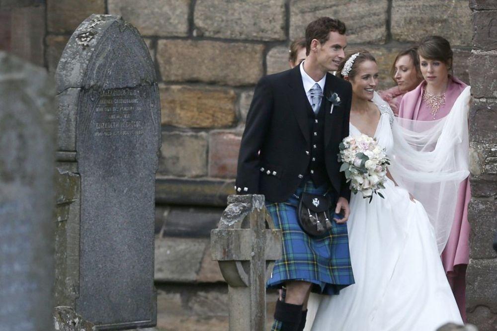 (FOTO) TRAGEDIJA: Fotograf koji je slikao venčanje Endija Mareja preminuo dan kasnije