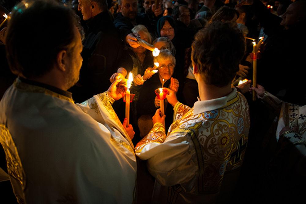 MANASTIR BANJSKA: Blagodatni oganj stigao u zadužbinu kralja Milutina