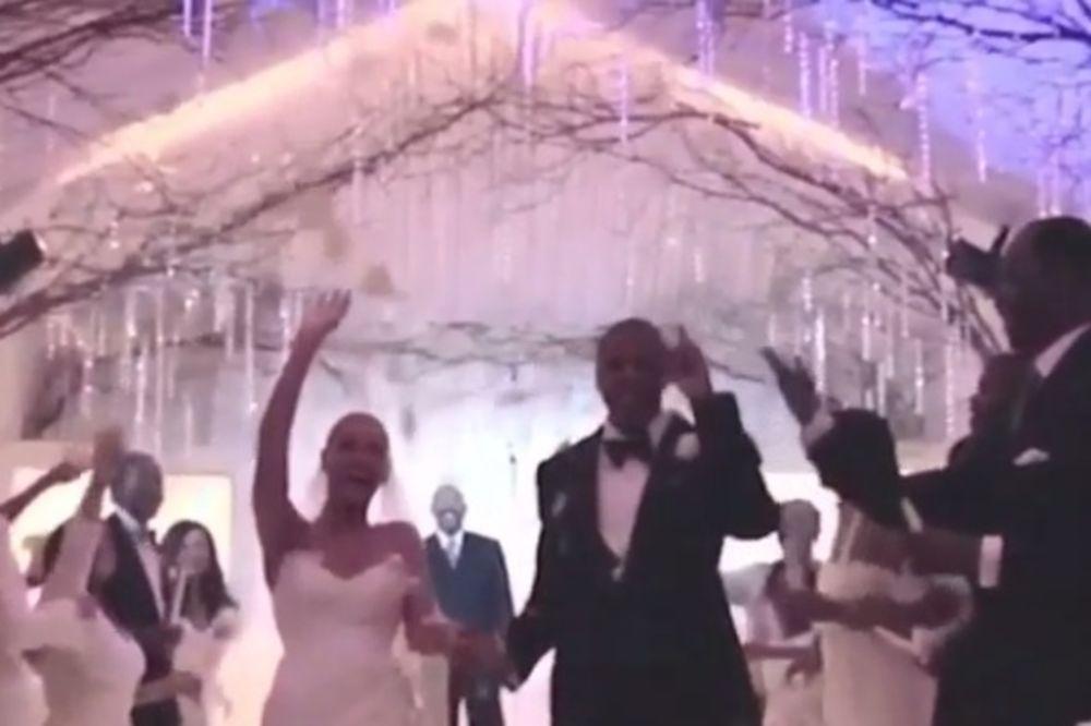 (VIDEO) POSLE 7 GODINA: Pogledajte snimak s tajnog venčanja Bijonse i Džej Zija!