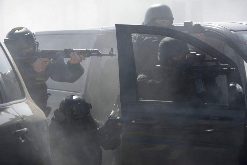 10 NAJMOĆNIJIH BANDI U HRVATSKOJ: Spremne su na sve! Neke od njih sarađuju i sa mafijom u Srbiji!